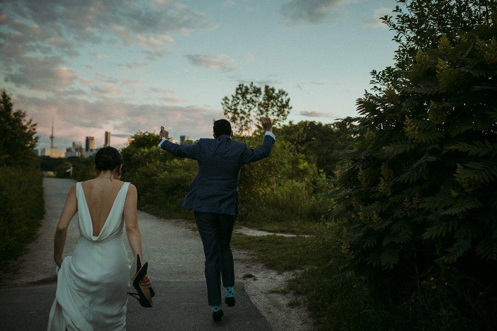 DanijelaWeddings-Toronto-wedding-photographer-Brickworks-BlushandBowties-elegant-modern-minimal-187.JPG