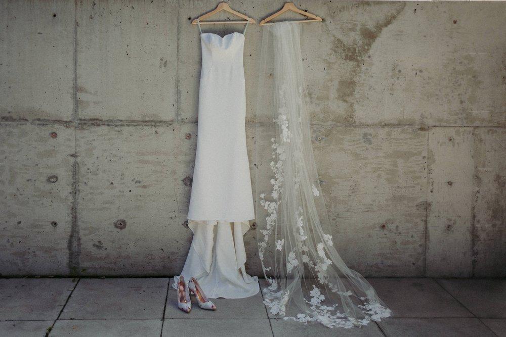 17-1008SS-weddingfirstselects-DanjielaWeddings0001.jpg