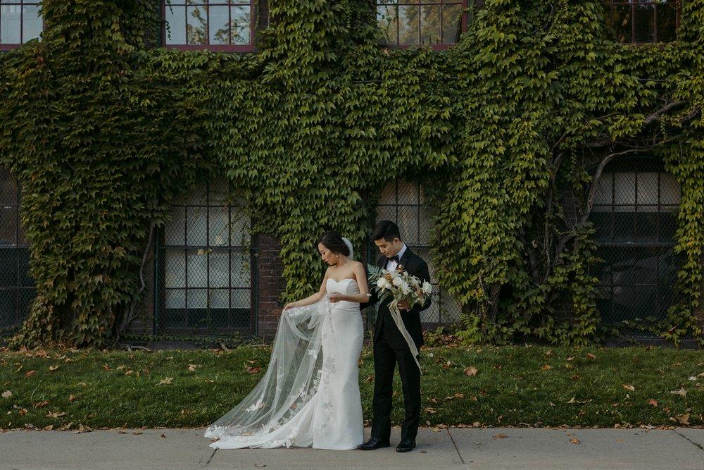 17-1008SS-weddingfirstselects-DanjielaWeddings0018.jpg