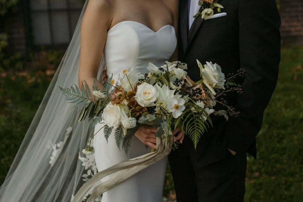 17-1008SS-weddingfirstselects-DanjielaWeddings0019.jpg