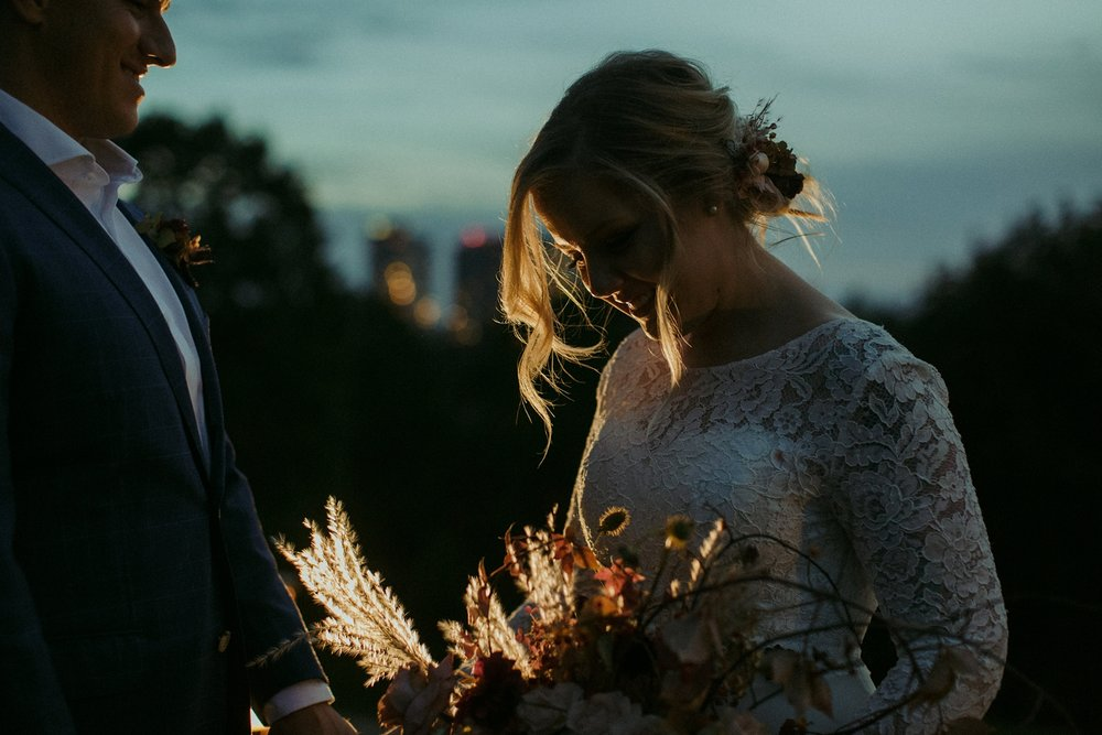 17-1021EJ-wedding-DanijelaWeddings-firstview0034.JPG