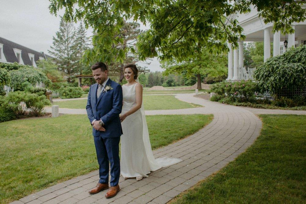 DanijelaWeddings-wedding-photos-Toronto-LangdonHall-countryclubwedding-luxe-artistic-014.JPG