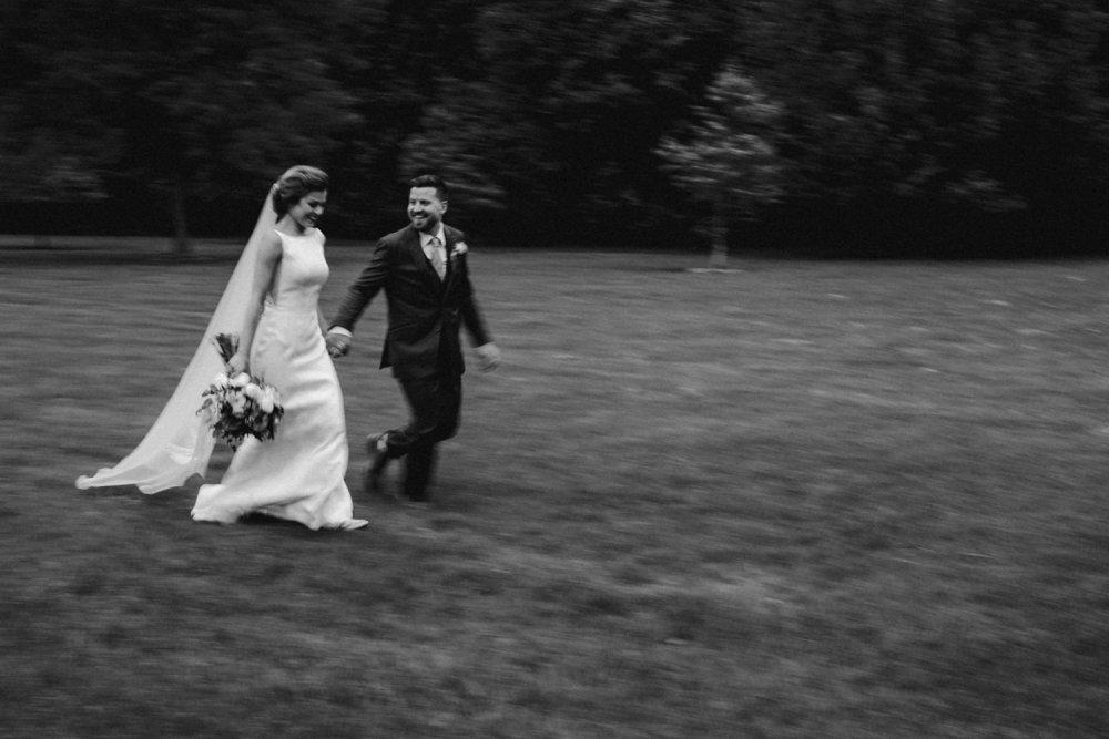 DanijelaWeddings-wedding-photos-Toronto-LangdonHall-countryclubwedding-luxe-artistic-020.JPG