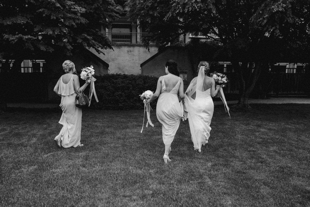 DanijelaWeddings-wedding-photos-Toronto-LangdonHall-countryclubwedding-luxe-artistic-027.JPG
