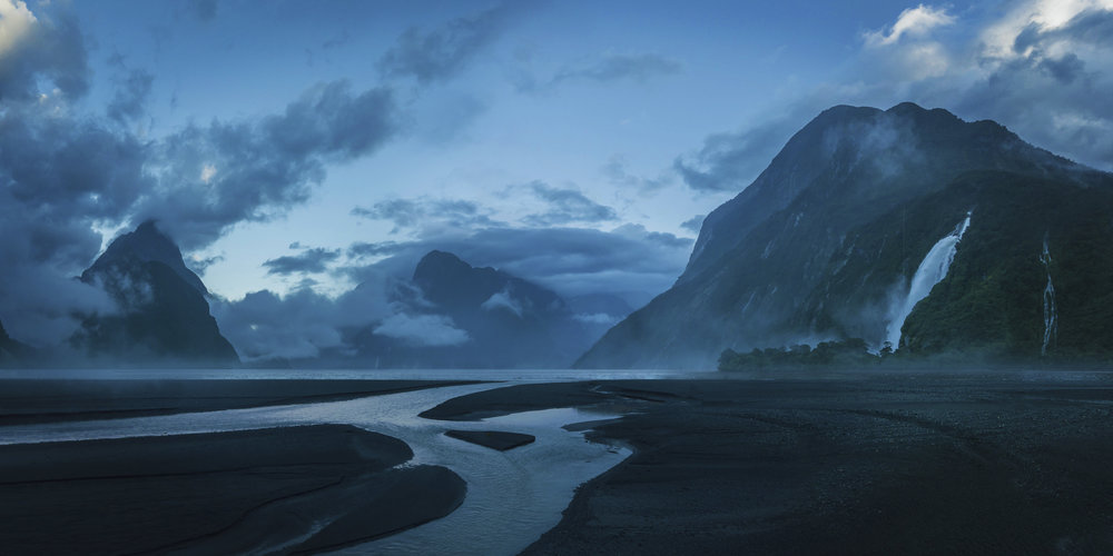tobie_cote_lagoon_matte_painting.jpg