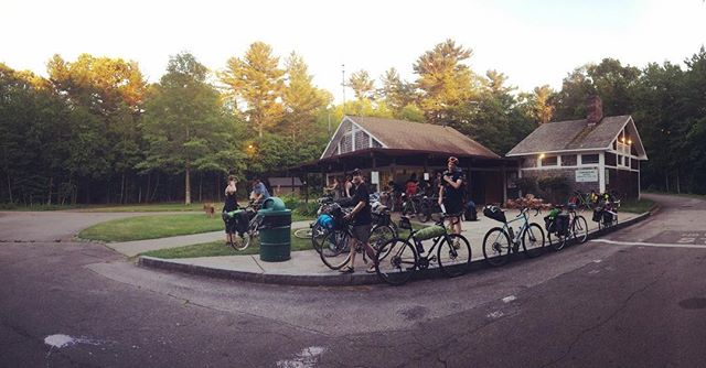 🚲 ⛺️ #SwiftCampout #CambridgeBicycle