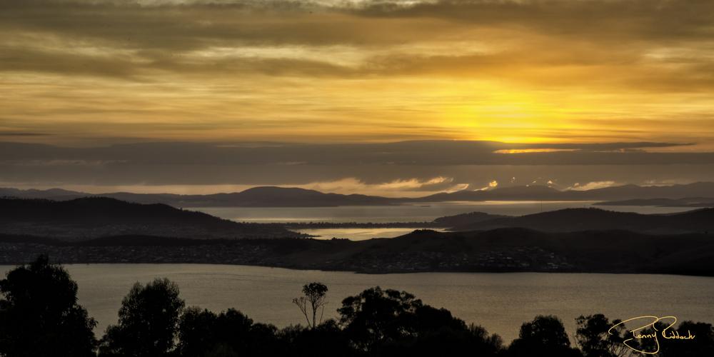Mouont Nelson Tasmania Sunrise.jpg