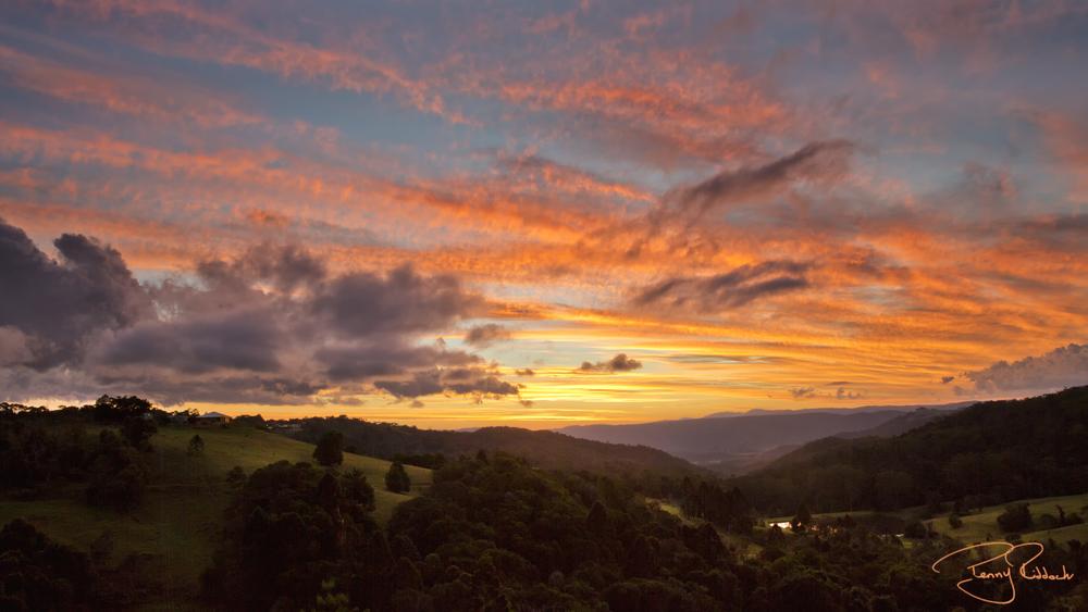 Maleny sunset Penny Riddoch.jpg