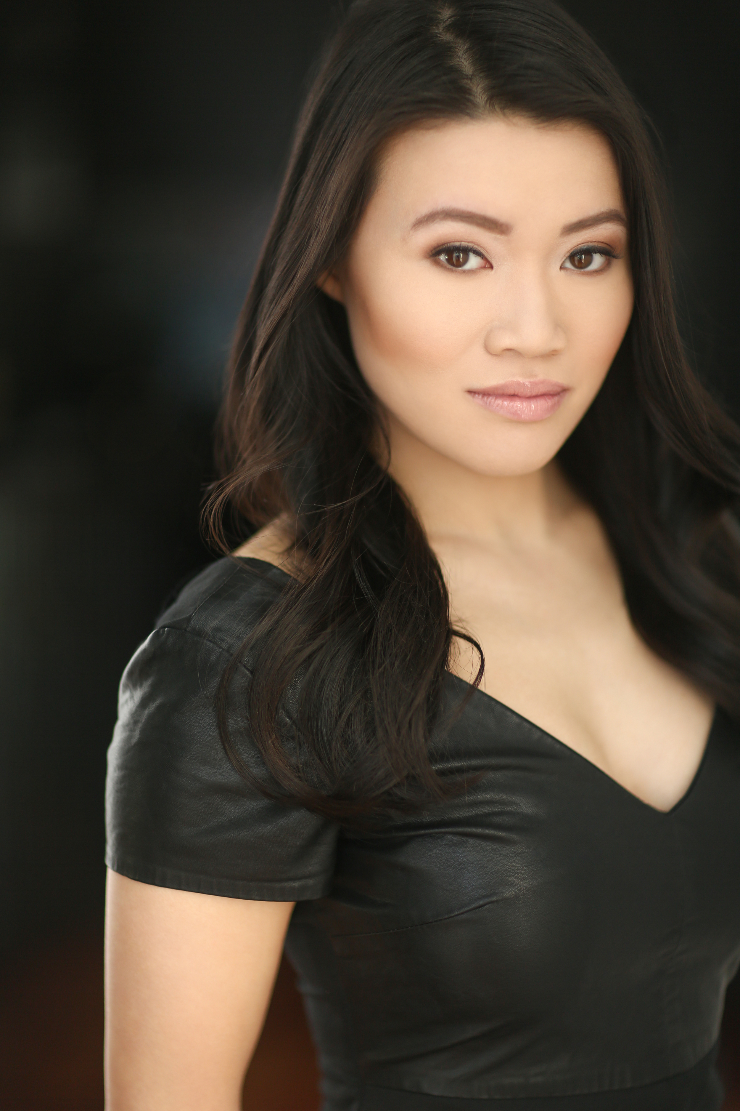 Caroline Chan Nude Photos 13