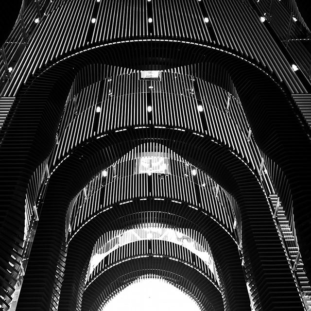 #architecturelovers #monochrome #blackandwhite #architecture #fascade #pattern #Melbourne #streetphotography #modernarchitecture #perspective #emporiummelbourne #citadel #halflife2 #cbd #geometricabstraction #minimalism #abstract  #melbournecity #bw