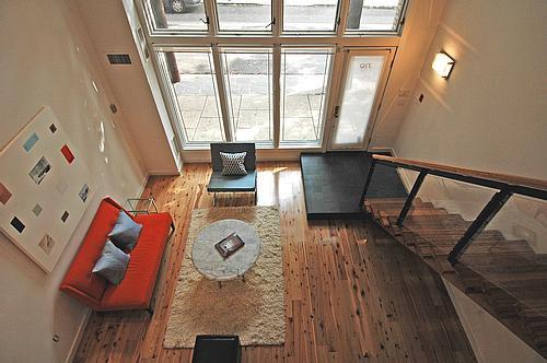 livingroomoverlook_500.jpg