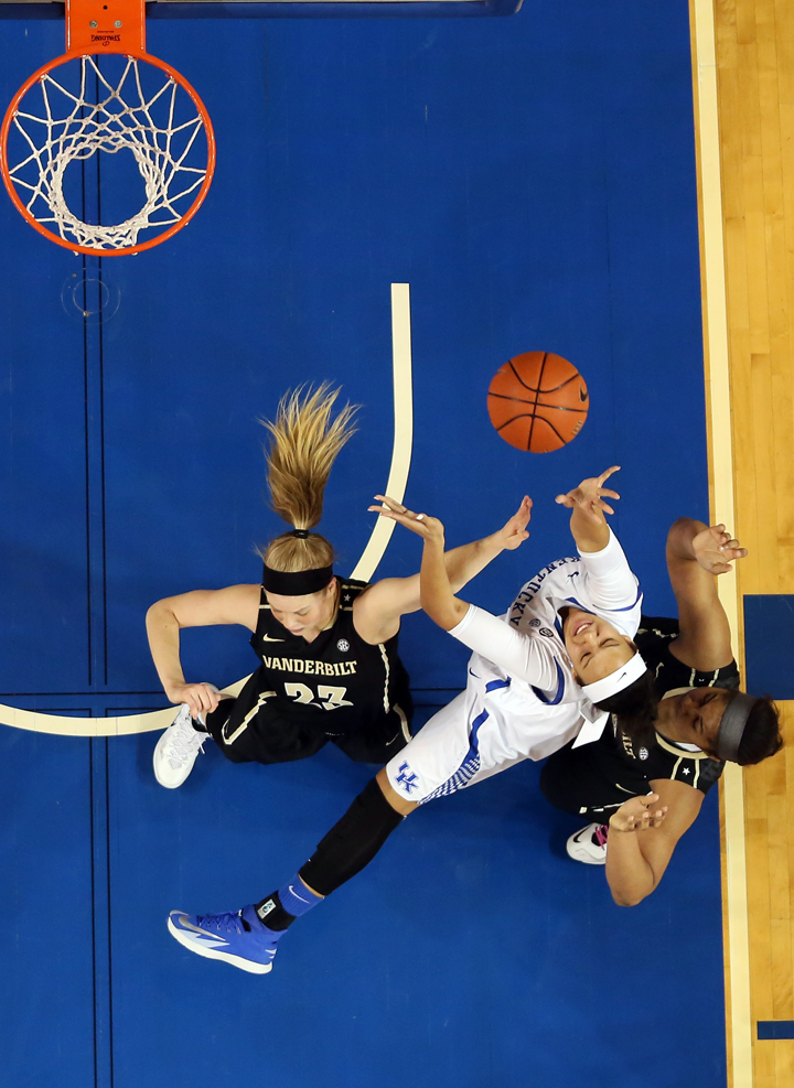 UK_vandy_wbball_2014_29_bdh.JPG