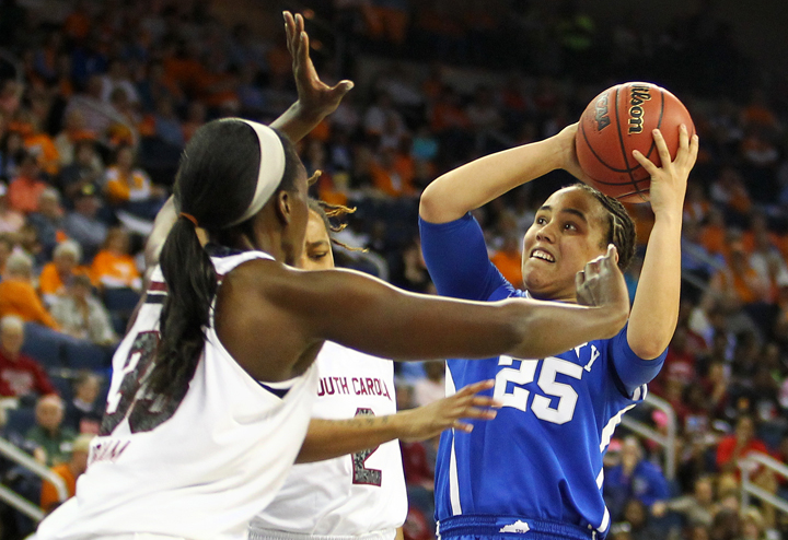 UK_USC_SEC_wbball_2014_21_bdh.JPG