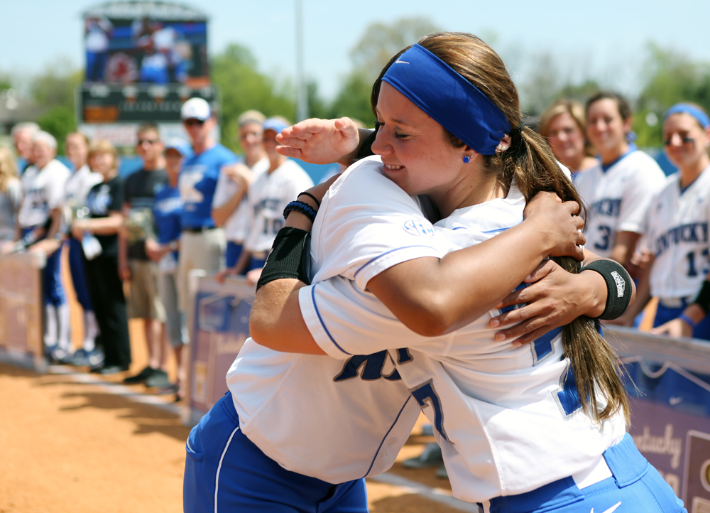UK_UT_seniorday_softball_2014_14_bdh.JPG