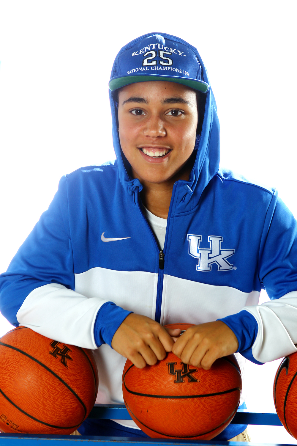 UK_wbball_outfits_340.jpg