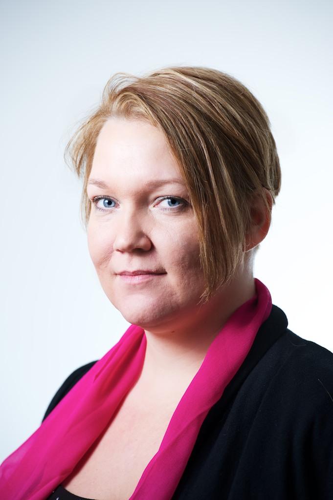 Portätt på Stina Morian, analyschef på YouGov