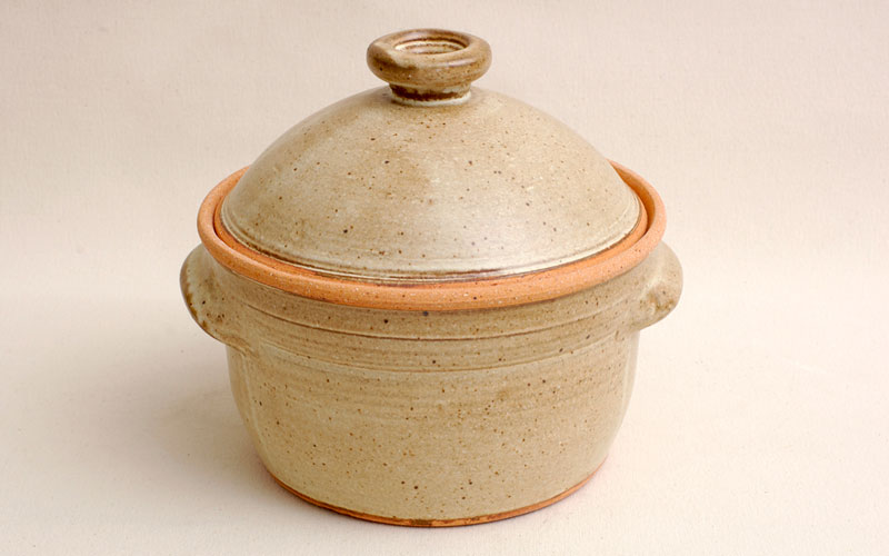 Covered Casserole, Soup, Stew Pot