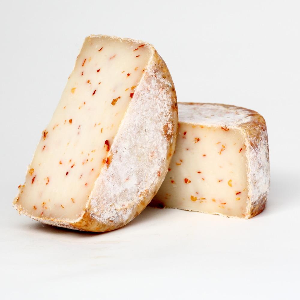Pecorino Toscano Peperoncino
