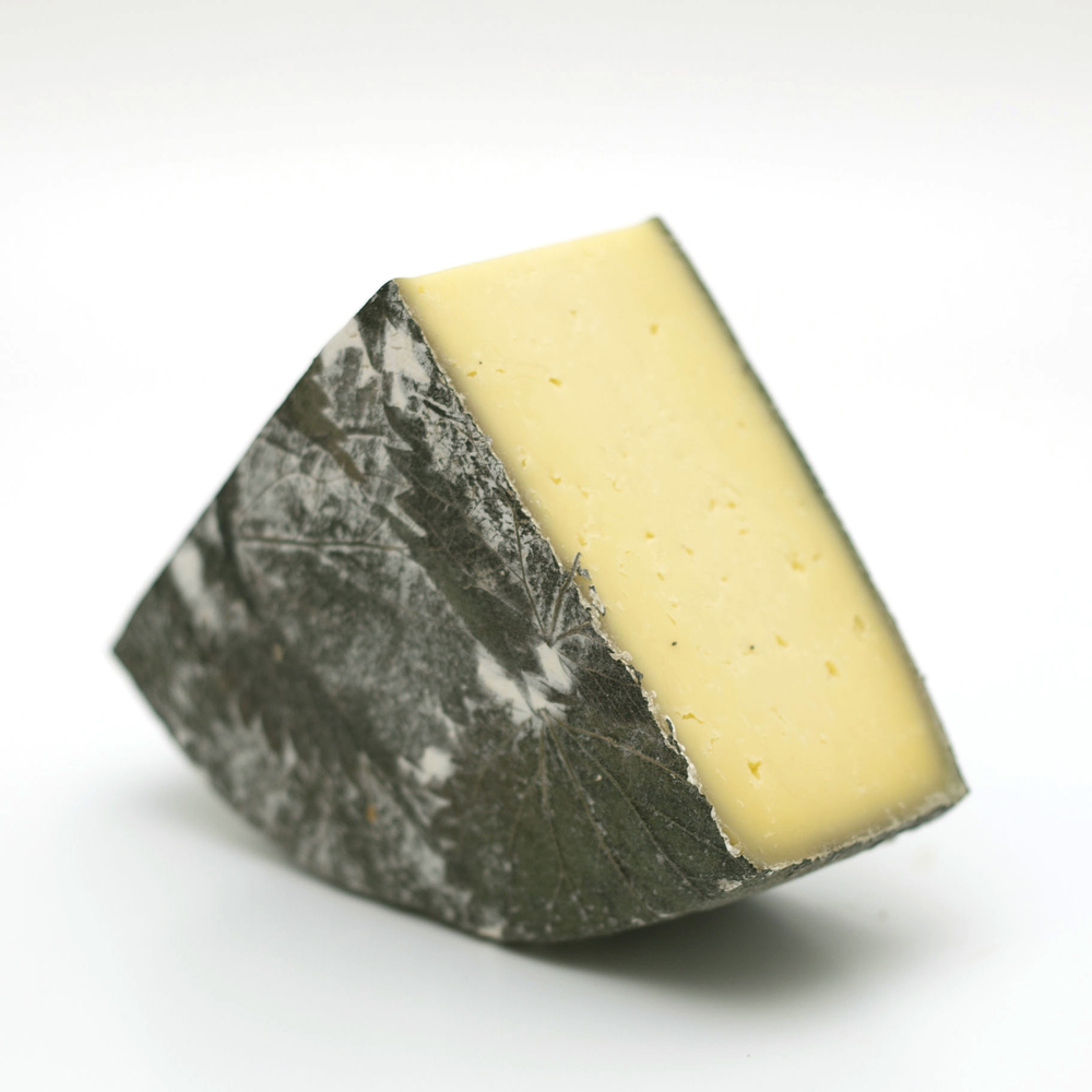Britain Cow Cornish Yarg.jpg