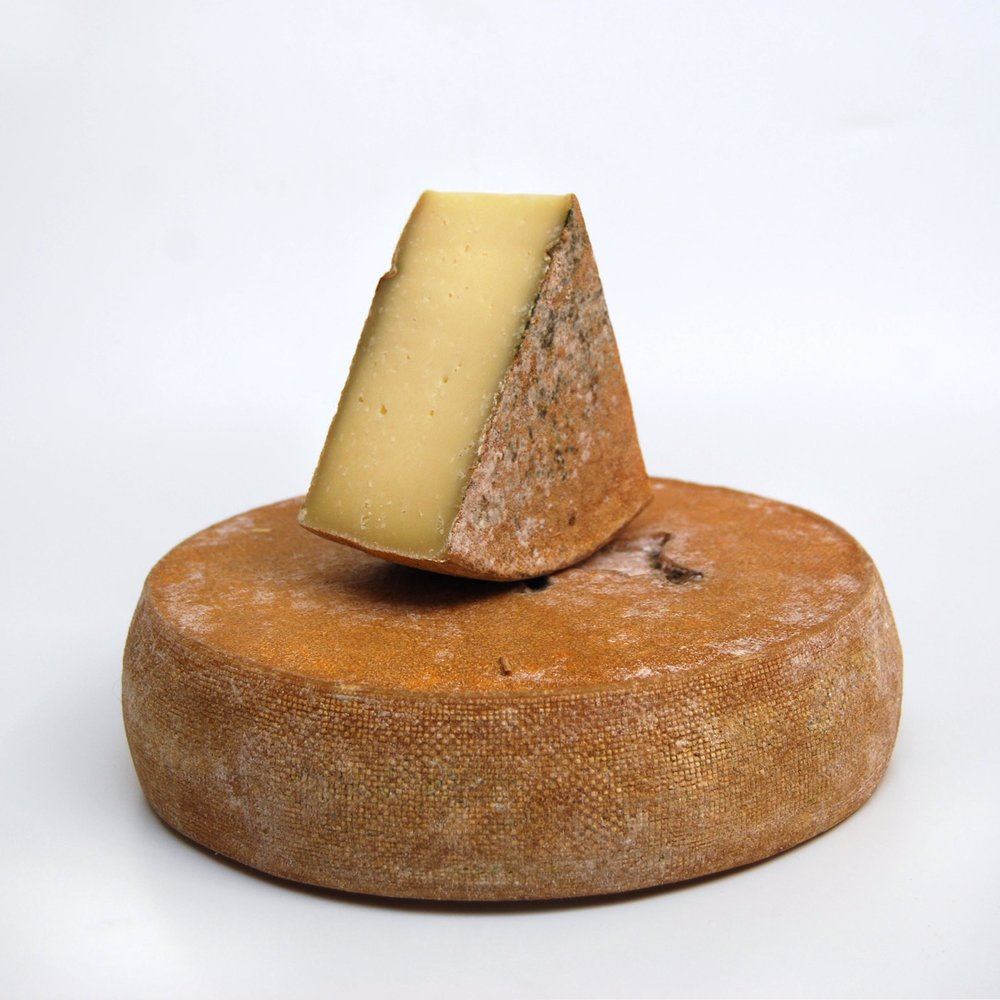 France Goat Tomme de Chevre WEB.jpg