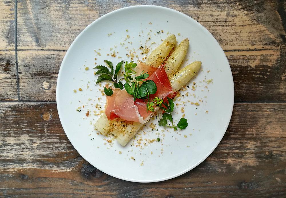 white asparagus2 web.jpg