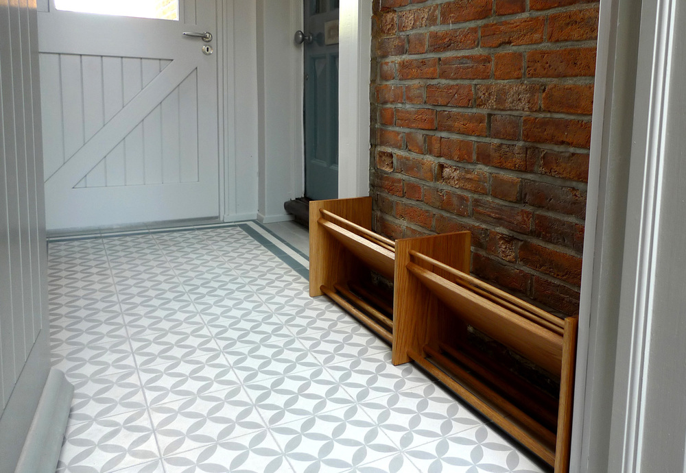 rogue_designs_oxford_porch_shoe_rack_hall_design_victorian_cement_encaustic_patterned_tiles.jpg