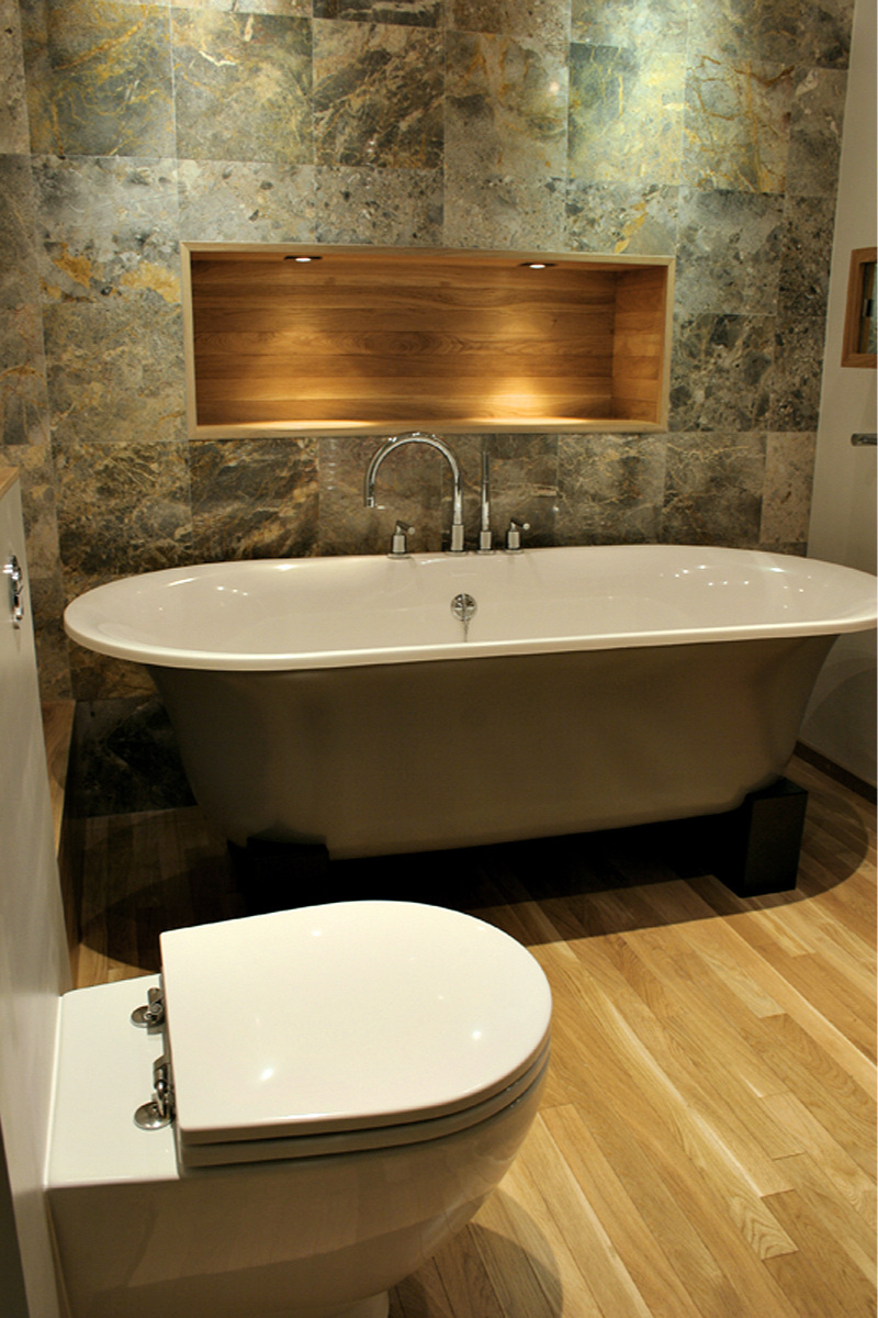 marble_bathroom_oak_alcove_shelving_rogue_designs_interior_designers_oxford