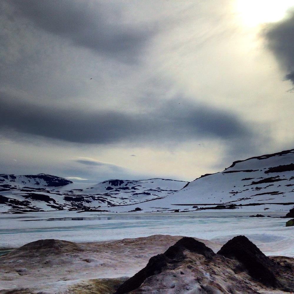 Norsk sommer på sitt beste -Fremdeles vinterlandskap på Finse!