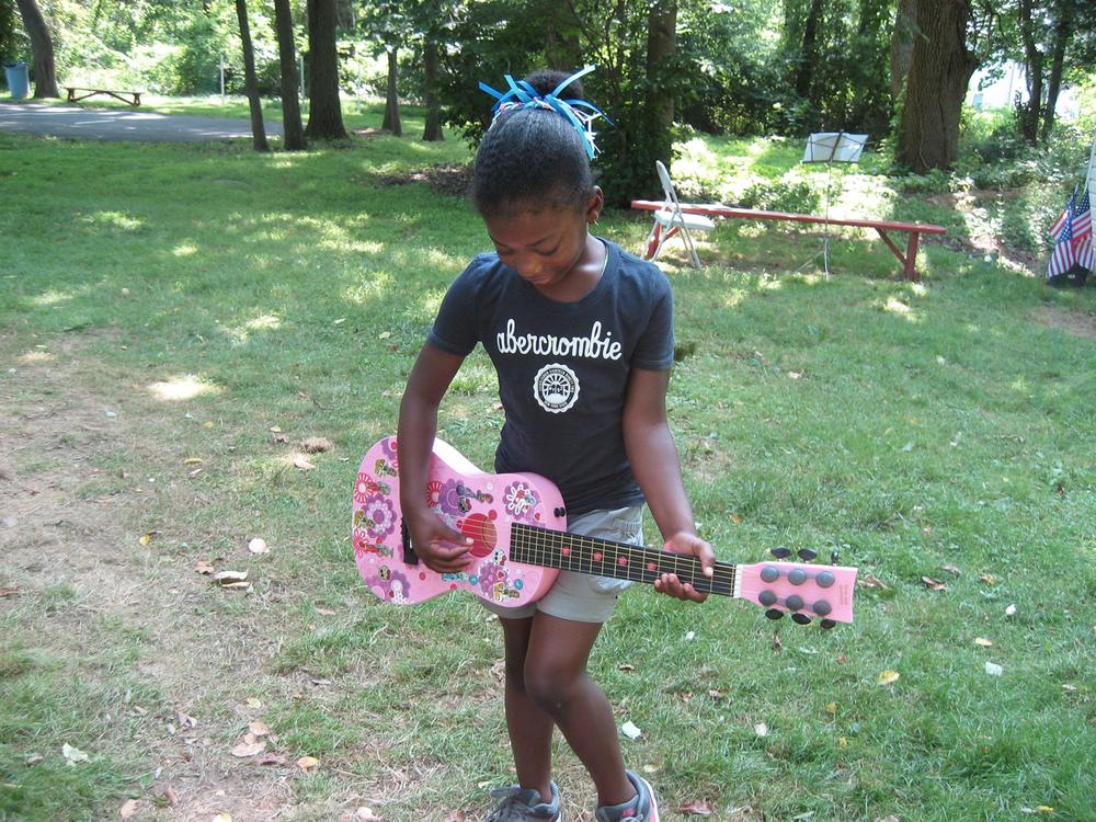 GuitarGirl_070314.jpg