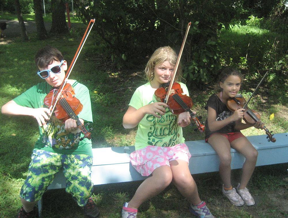 Violinists_080415_IMG_9396.jpg
