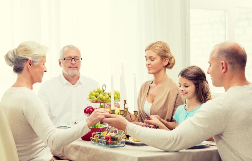Thanksgiving Christmas Dinner Food family 75258369_Small.jpg