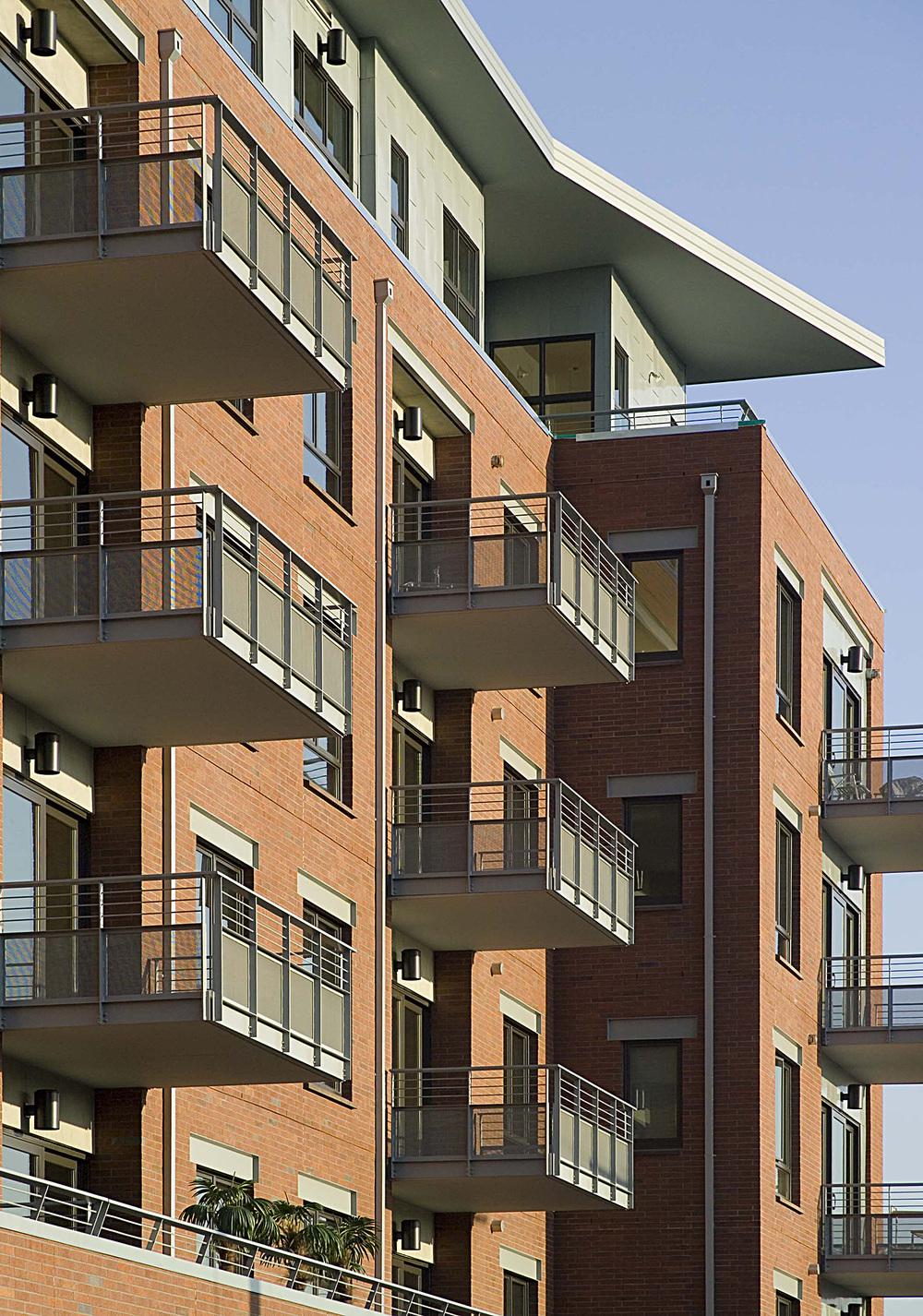 wT ext.balcony pattern.jpg