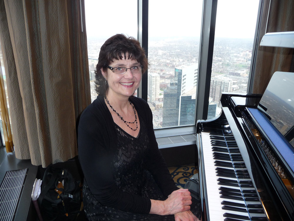Pianist for Parties Sharon Planer enjoyed playing a lovely grand piano for a beautiful Wedding Ceremony at Windows on Minnesota (50th floor of the IDS Center) overlooking Minneapolis.