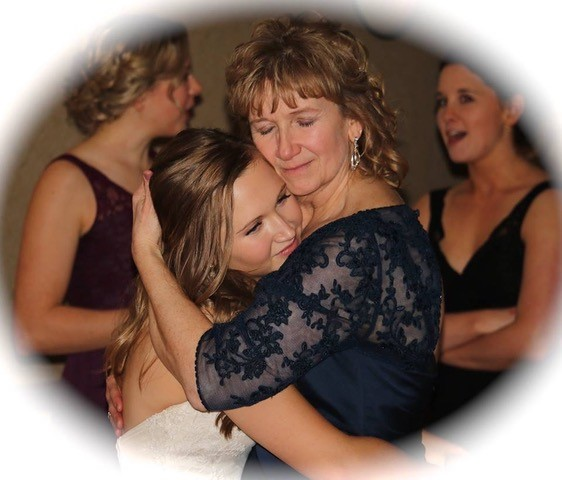 This special Mother Daughter dance was a special request from the Bride for her reception.