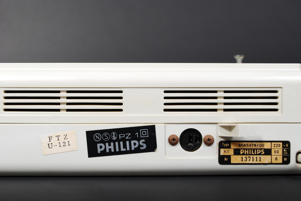 Hanging Clock Radio Philips 90AS476, 70's, Holland