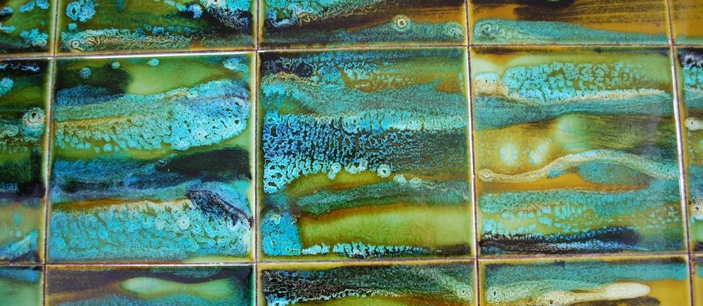 00000010 Tile table turquoise details Belgium 60's vintage.JPG