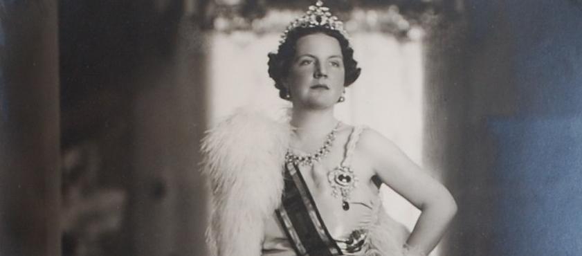 00000225 Picture-Juliana-Queen-of-Netherlands-vintage (4).JPG