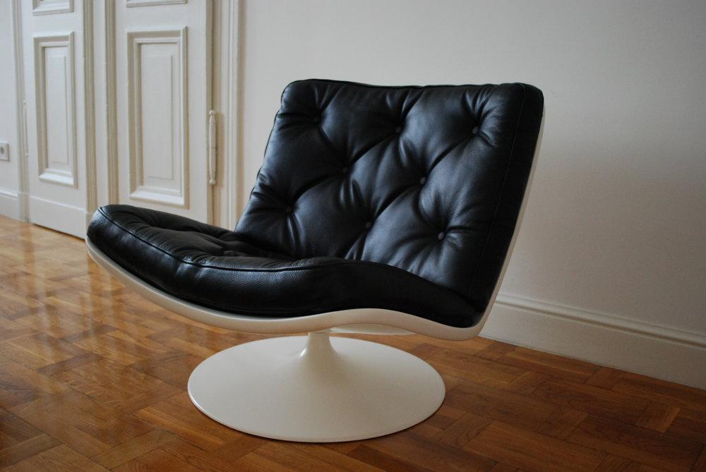 00000118 Artifort F976 Lounge swivel chair vintage (28).JPG