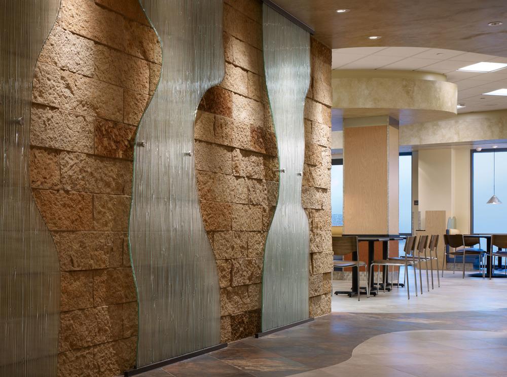 UCIrvine Douglas Hospital Interior - Cafeteria 02.jpg
