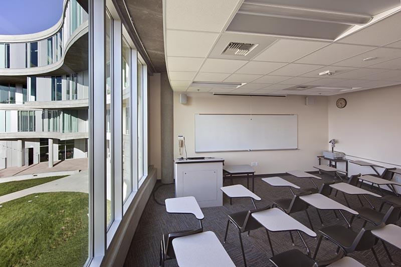 UCI_Humanities_Gateway_010.jpg
