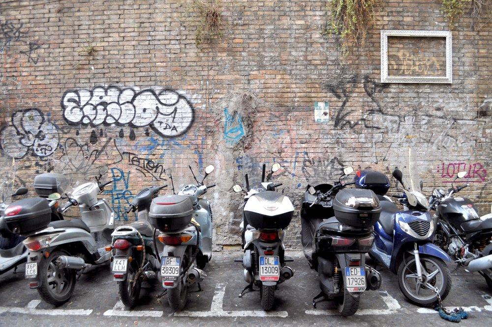 Trastevere Scooters T.JPG