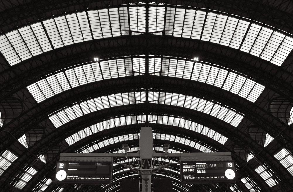 Train To Napoli T.JPG