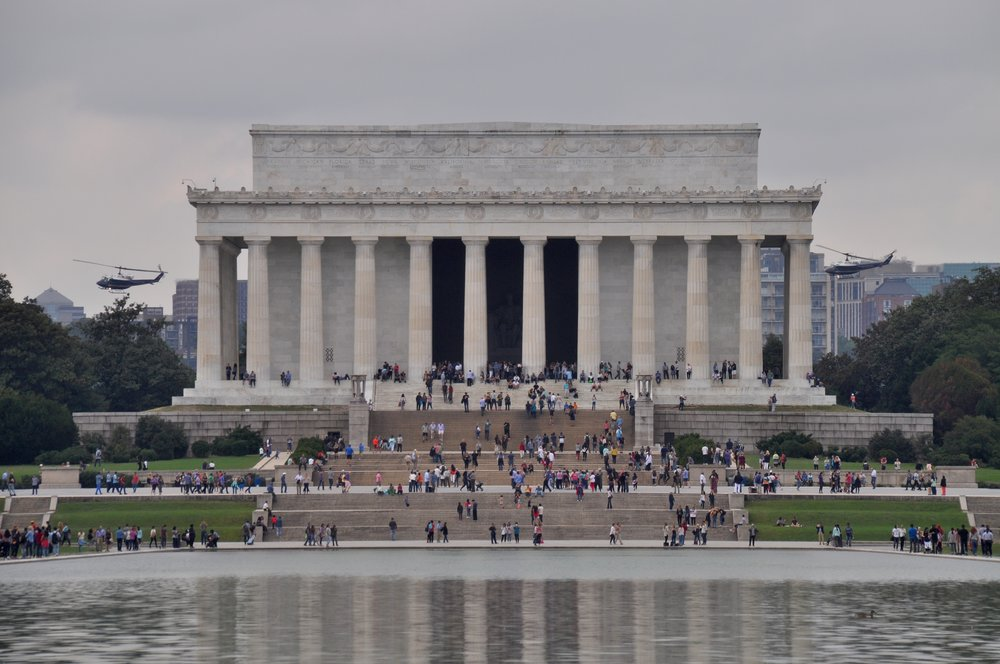 Lincoln Memorial Helicopters T.JPG