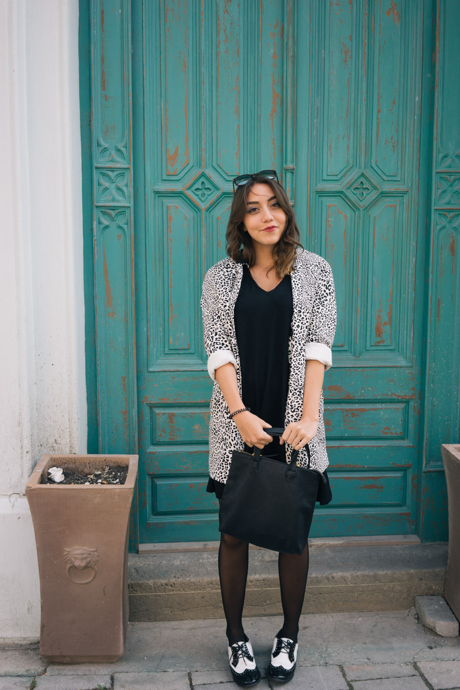 MarinaSays in Pull&Bear swing dress and black leather purse