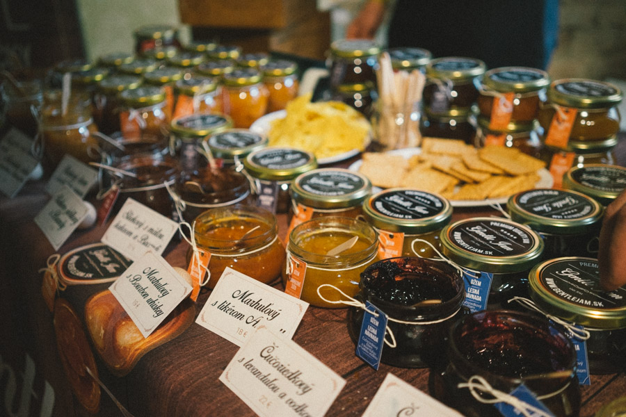 Delicious alcoholic jams and chutneys from Bratislava's Urban Market 2015 / www.MarinaSays.com