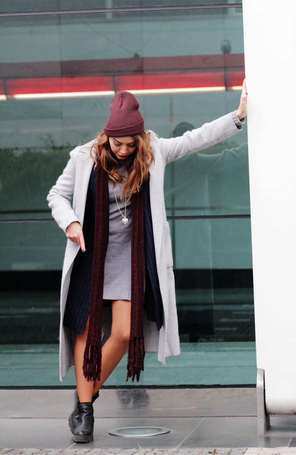 Cool gray, navy blue, and cranberry (burgundy, oxblood, wine red) layers for the ultimate boss lady outfit this winter. By www.MARINASAYS.com