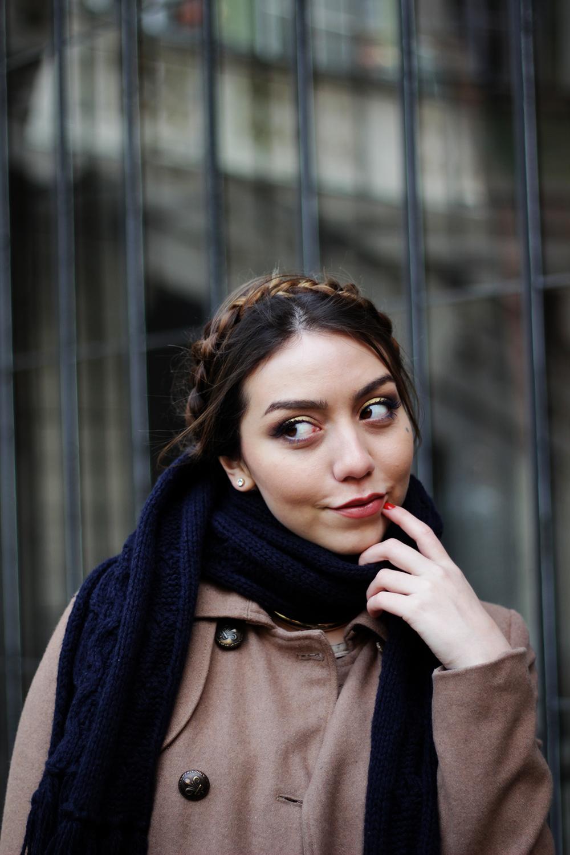 Flirty holiday-inspired smoky eyes by beauty blogger www.MarinaSays.com