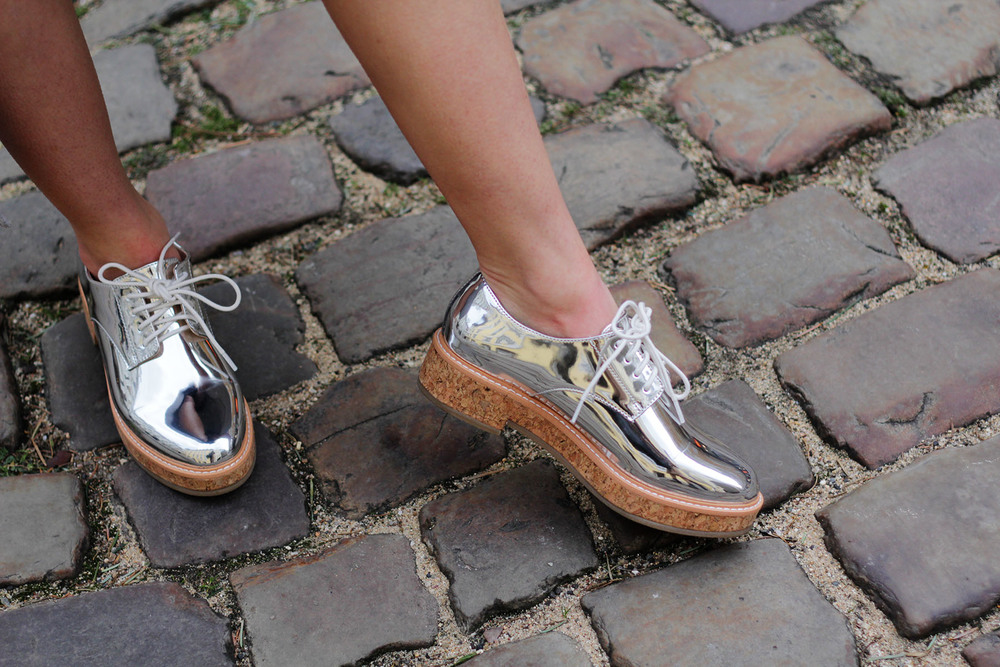 I love my new silver shoes! Glossy silver reflective oxfords from Mango. More fashion details at www.MARINASAYS.com