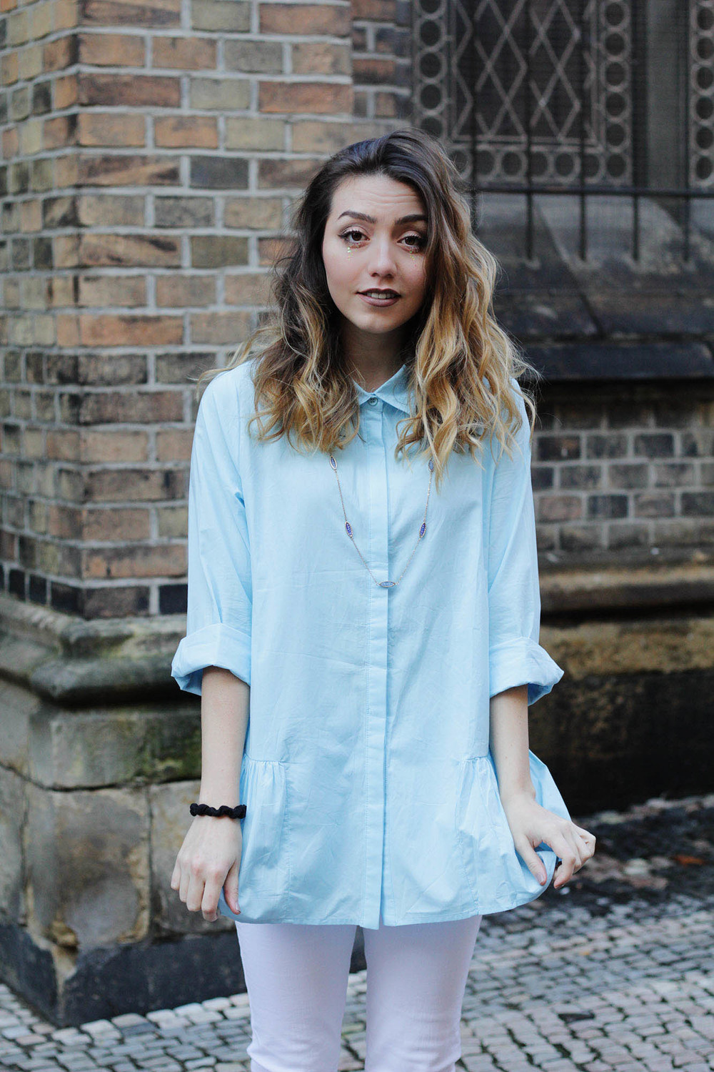 Sky blue girly blouse from Romwe! See the review and #ootd by www.MARINASAYS.com