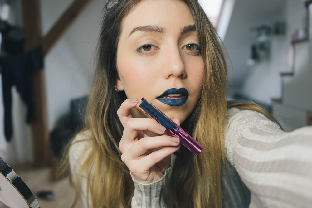 Amazing blue matte lipstick review by www.MARINASAYS.com - a beauty diary with style musings